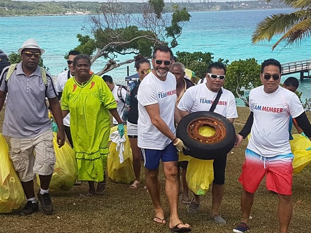 Carnival Cruise Line assisting International Coastal Cleanup