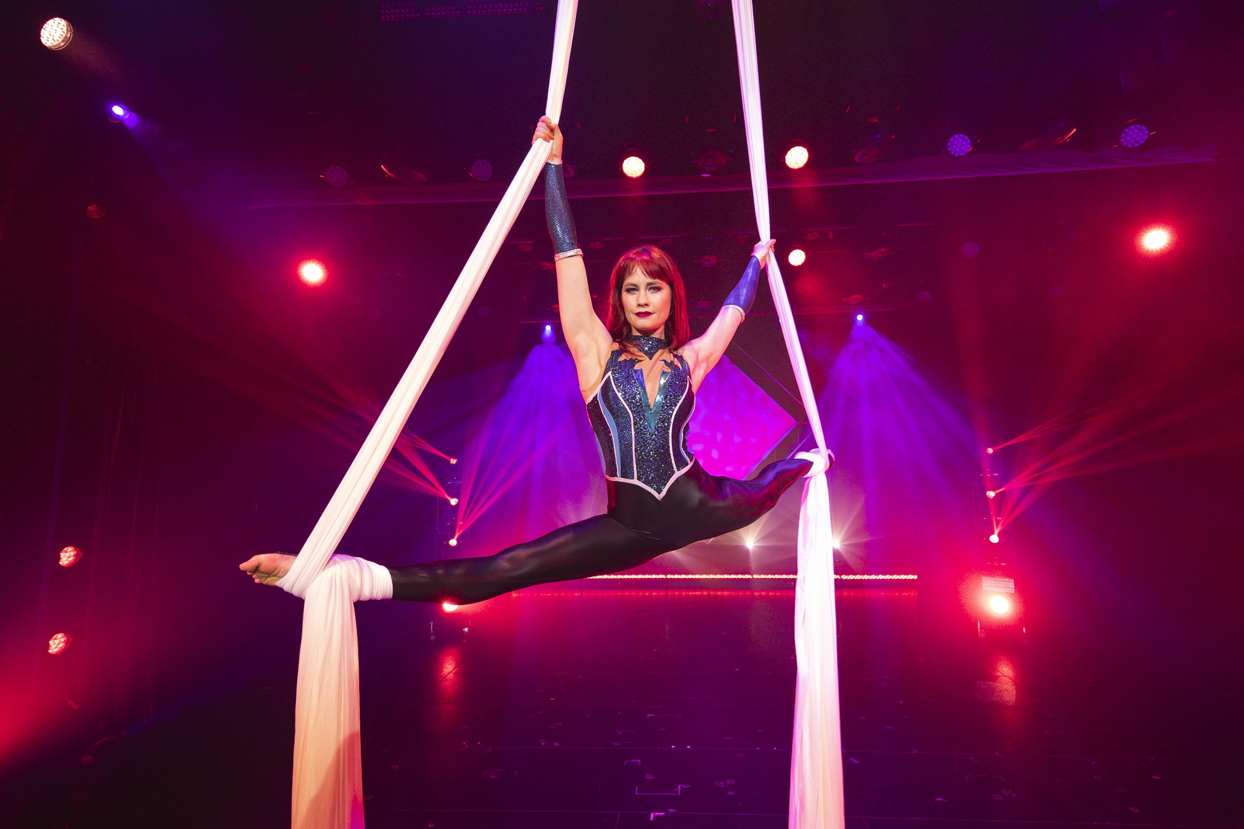 Carnival Cruise Line Unveils New Aerial Illusion Show, Airia exclusive to Australian audiences onboard Carnival Splendor