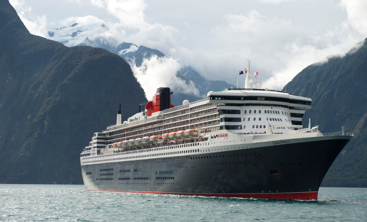 Maiden visit to Milford Sound for QM2