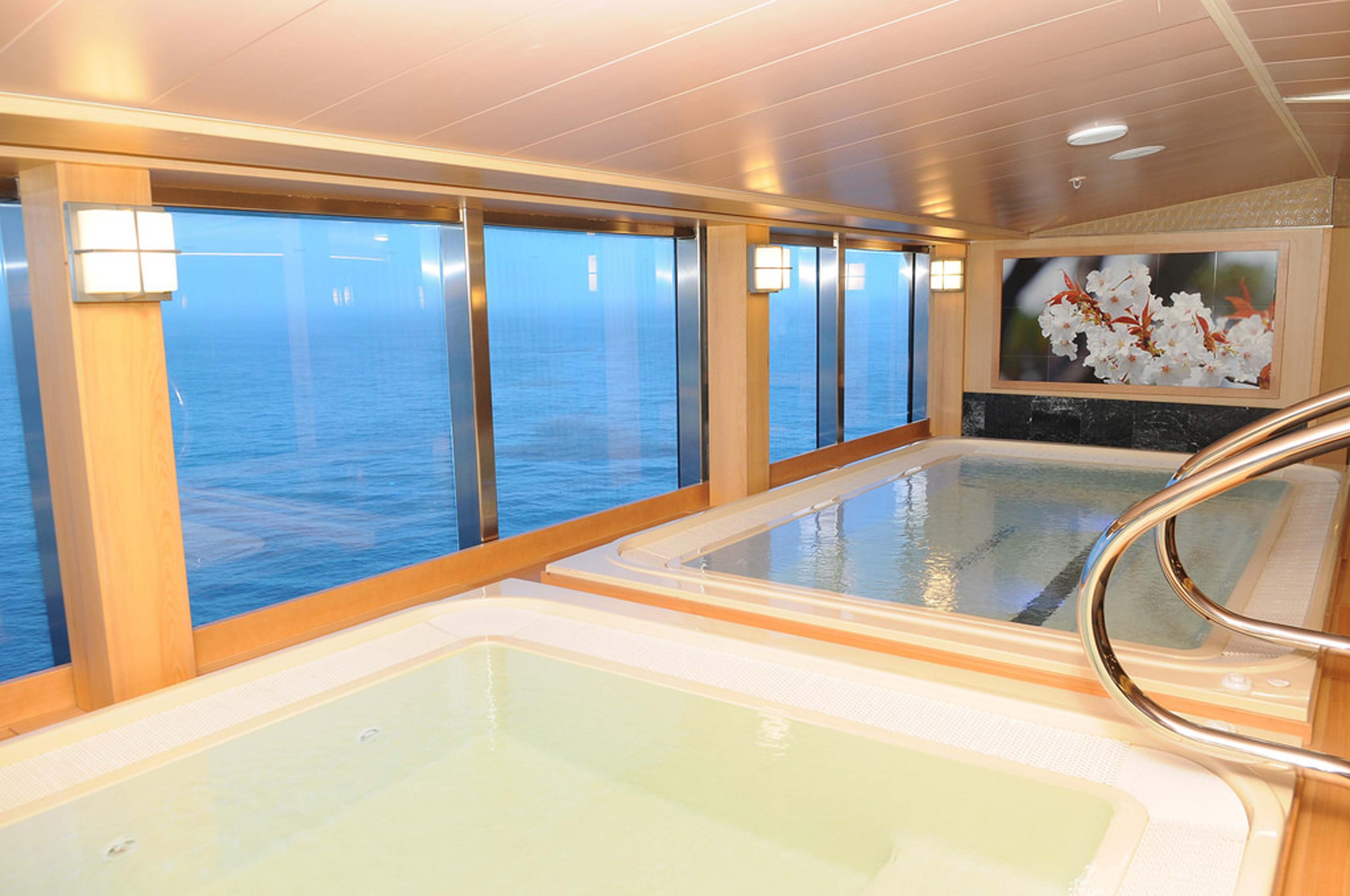 Diamond Princess Offers Melbourne Shop and Spa Cruise