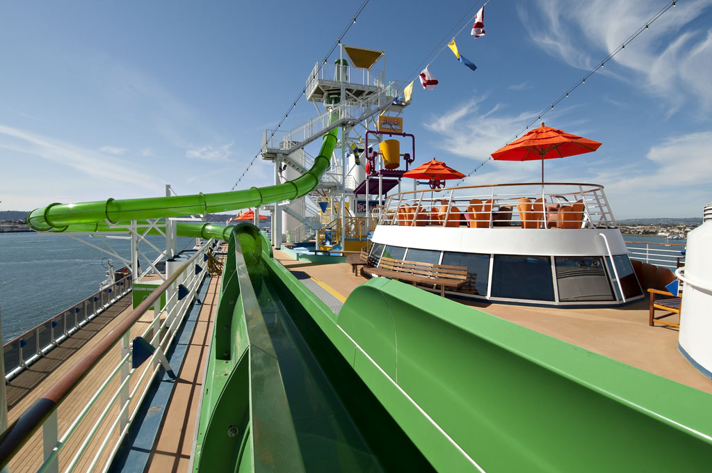 Carnival Spirit Waterslide Carnival Spirit Green